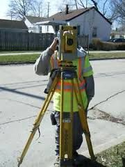 surveyor in neighborhood